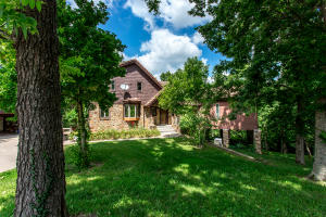 2848 North Farm Road 17, Ash Grove, MO 65604
