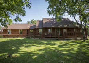2772 West Farm Road 48, Willard, MO 65781