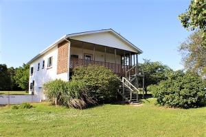 1383 East Us Highway 160, Everton, MO 65646
