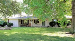 2580 West Pinewood Drive, Willard, MO 65781