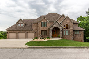 4607 South Luster Avenue, Springfield, MO 65804