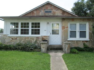 504 West Calhoun Street, Springfield, MO 65802