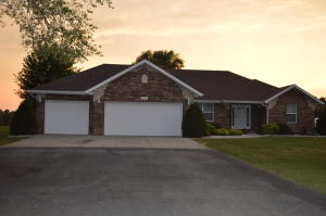 507 South Westwind Drive, Springfield, MO 65802