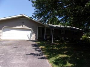 205 West Kings Drive, Willard, MO 65781