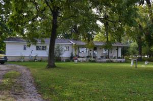 2734 North Farm Road 71, Bois D Arc, MO 65612