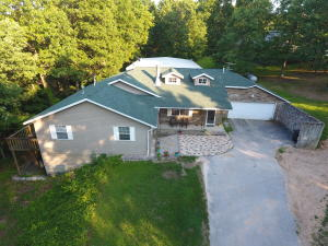 18798 Lawrence 2078, Ash Grove, MO 65604