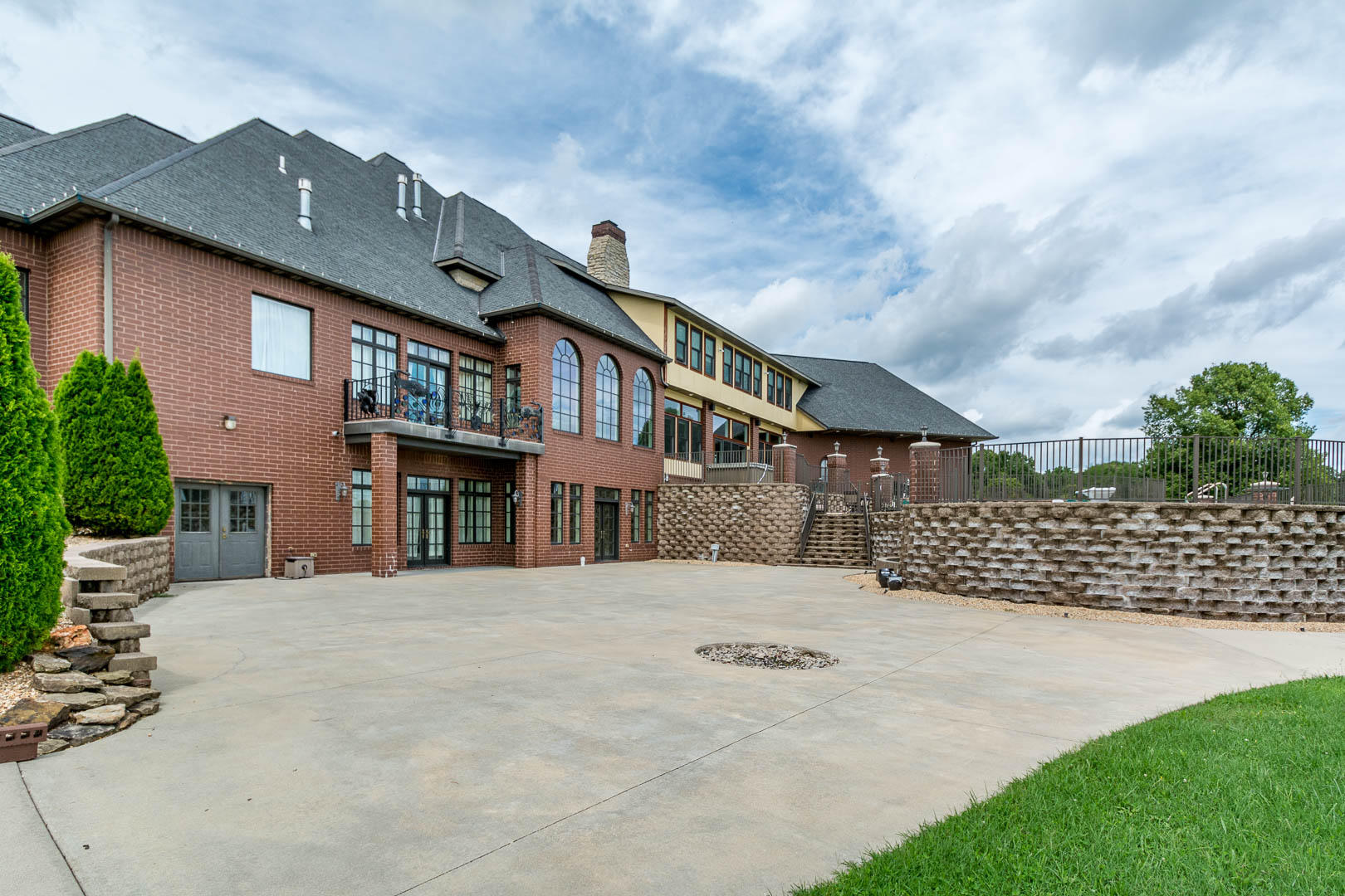 3783 East Forrest Ridge Lane Rogersville, MO 65742
