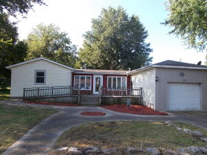 507 West Woodbine Road, Ash Grove, MO 65604