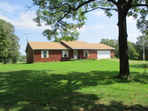 10157 County Road 8270, West Plains, MO 65775
