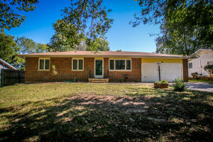 2430 North Rural Avenue, Springfield, MO 65803