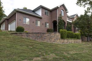 1241 West Stone Meadow Way, Springfield, MO 65810