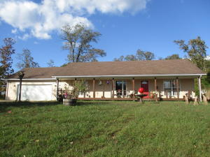 6982 County Road 2570, West Plains, MO 65775
