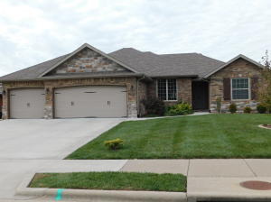 5703 South Winsor Drive, Battlefield, MO 65619