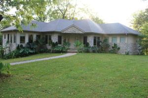 5198 West Farm Road 44, Willard, MO 65781