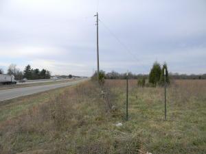00 North Farm Road 215