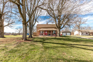2173 North Farm Road 81, Springfield, MO 65802