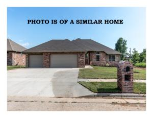 3750 West Stonehinge Drive, Springfield, MO 65807