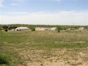 00 South Industrial Drive, Houston, MO 65483