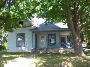 1530 North Robberson Avenue Springfield, MO 65803