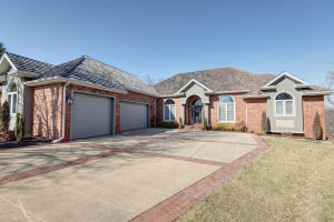 6046 South Lookout Ridge Drive, Ozark, MO 65721