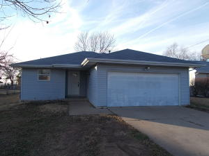 215 South Jefferson, Walnut Grove, MO 65770