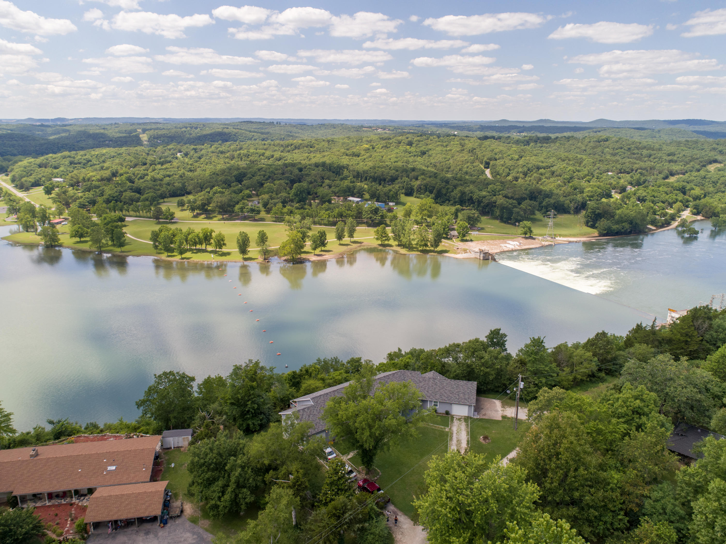 319 Cliff House Road #A And B Powersite, MO 65731