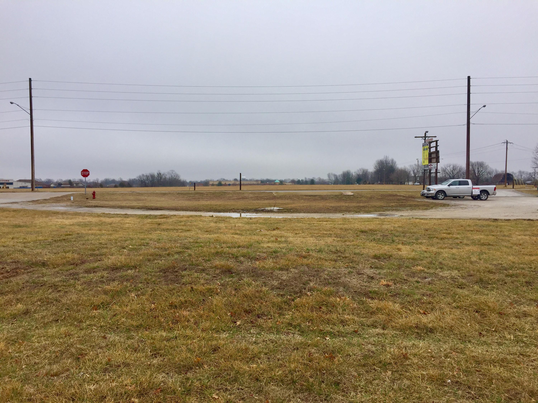 N/A West Enyart Street Battlefield, MO 65619