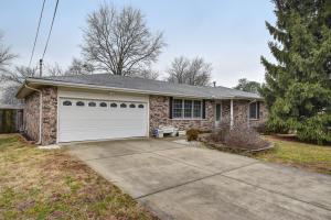 1340 East Lakewood Street, Springfield, MO 65804