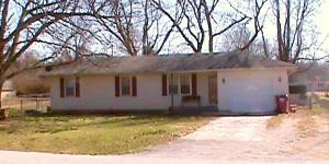 102 West New Melville Road, Willard, MO 65781