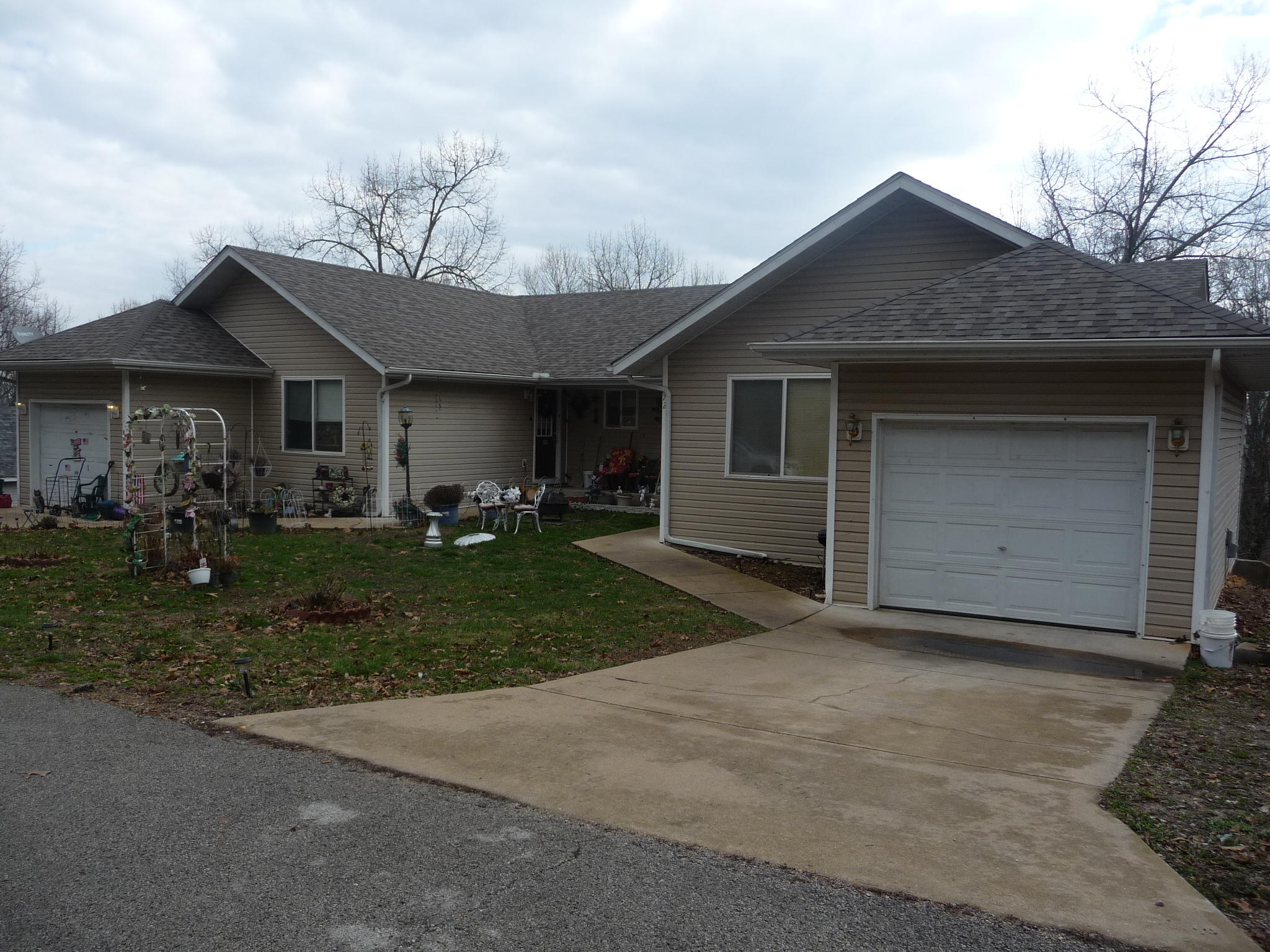 Varied Rosehaven Lane (4 Duplex) Branson West, MO 65737