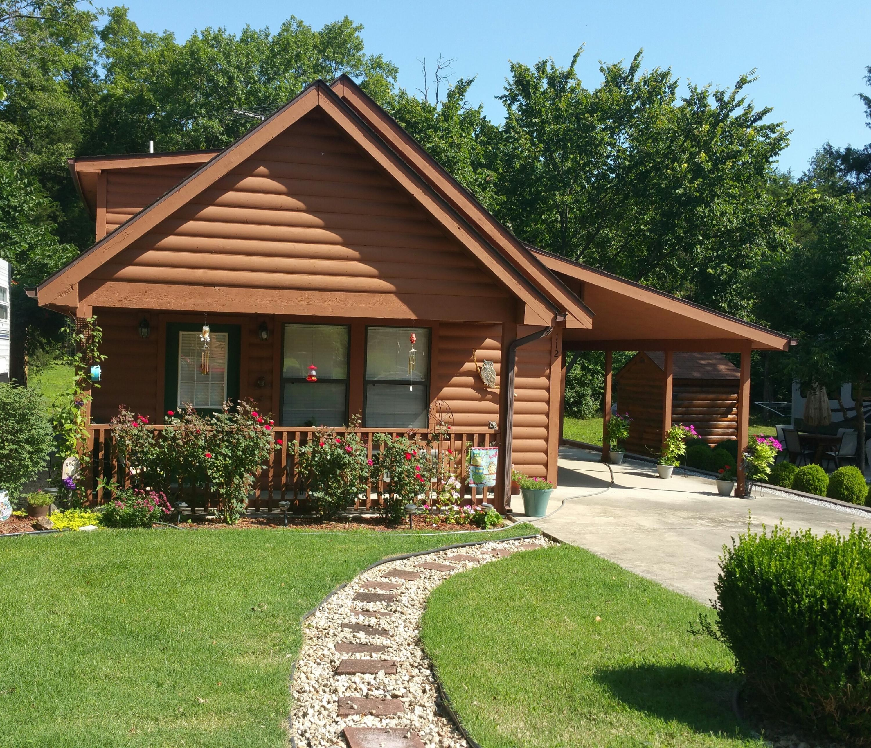 112 Foxhole Lane Hollister, MO 65672