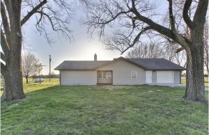 11163 North Farm Rd 99, Willard, MO 65781