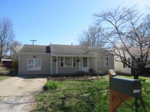 1476 East Whiteside Street, Springfield, MO 65804
