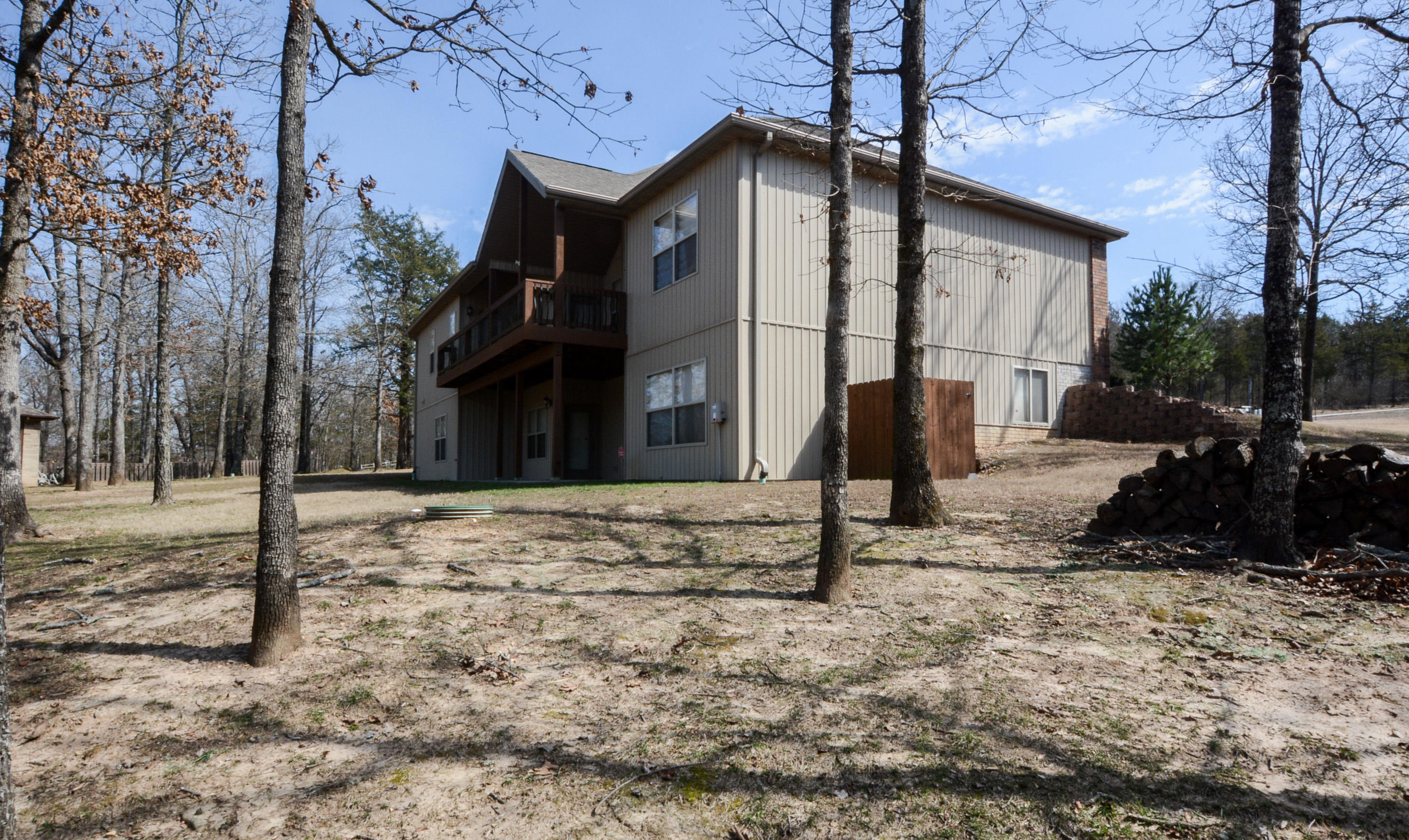 1127 Little Aunts Creek Road Kimberling City, MO 65686