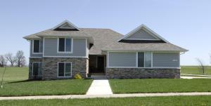 1406 South Antietam Road, Republic, MO 65738