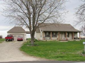 10555 West Farm Road 124, Bois D Arc, MO 65612