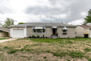 1902 South Collinson Avenue, Springfield, MO 65804