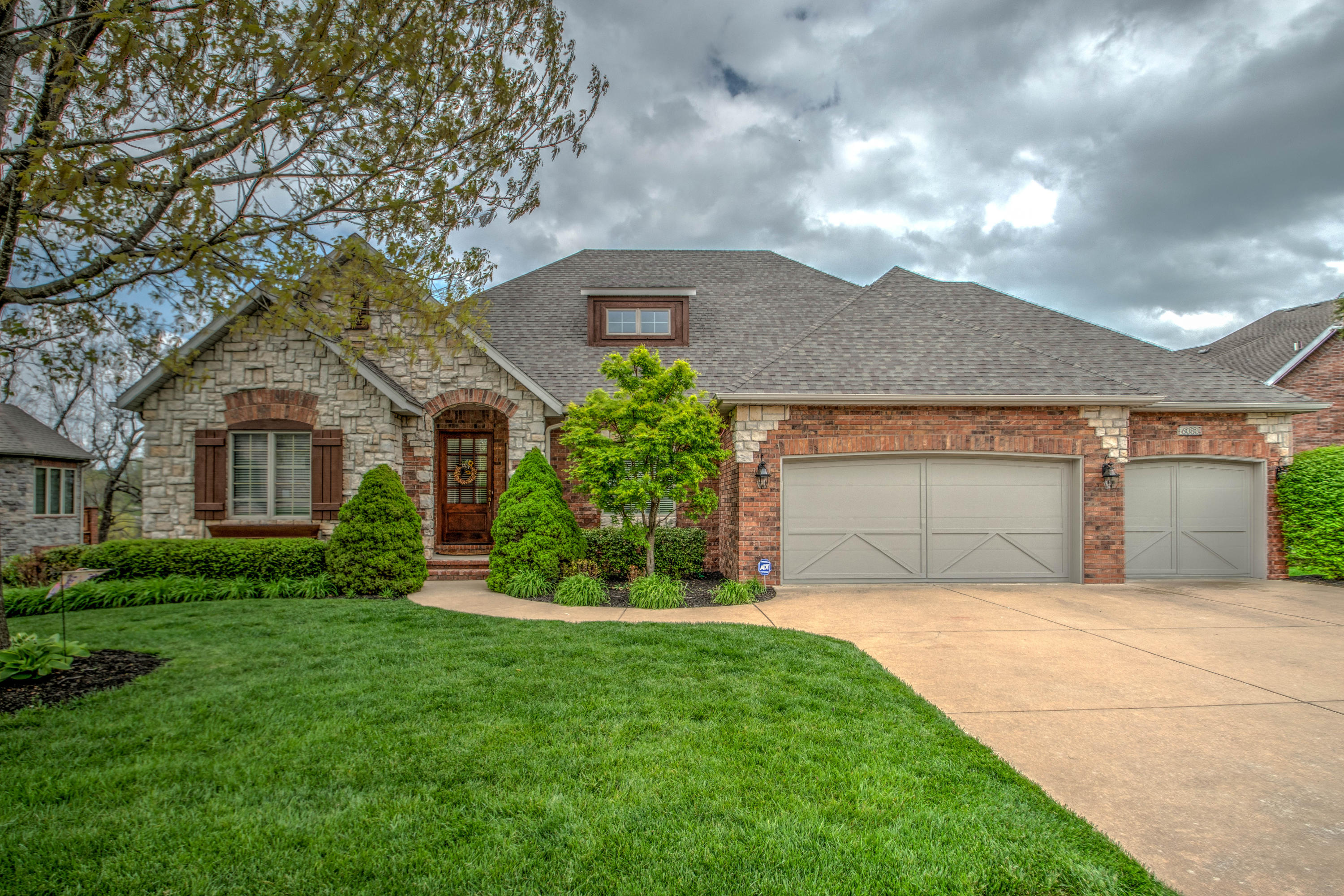 6080 South Overlook Trail Springfield, MO 65810