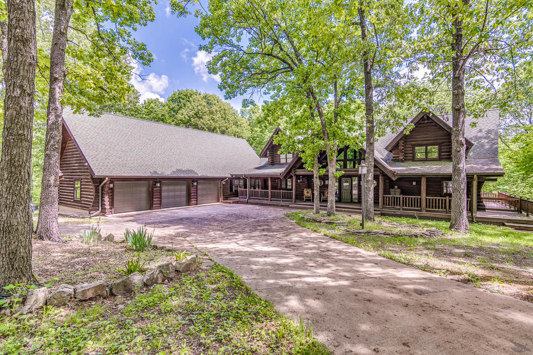3243 St Hwy M Clever, MO 65631