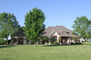 6572 South Farm Rd 203, Rogersville, MO 65742