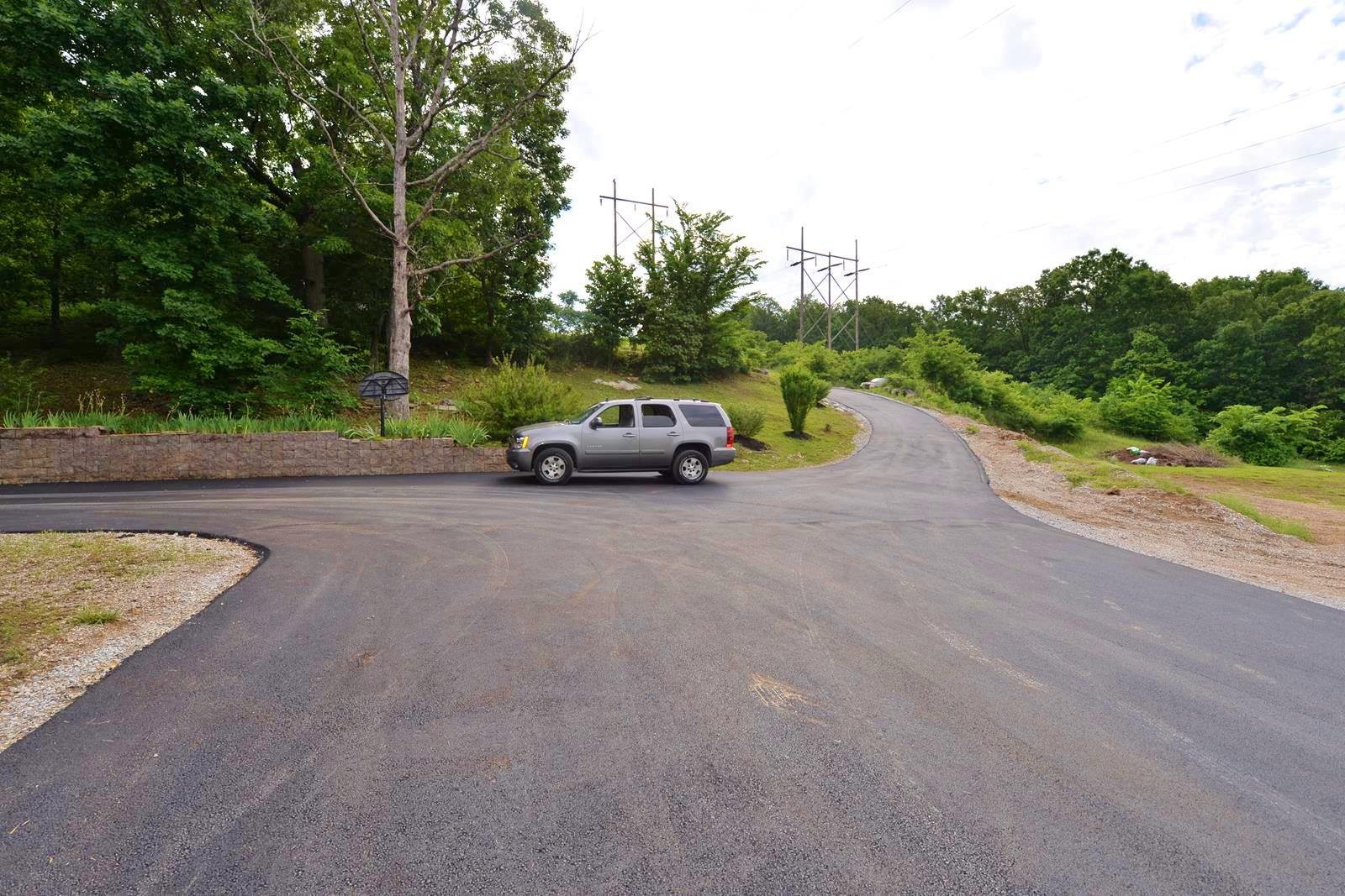 160 Sherwood Forest Lane Ridgedale, MO 65739