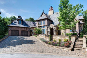 6325 South Stone Hedge Court