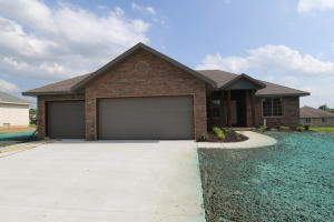 4432 West Cloverleaf Terrace, Battlefield, MO 65619