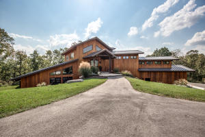 904 Rivers Edge Road, Ozark, MO 65721