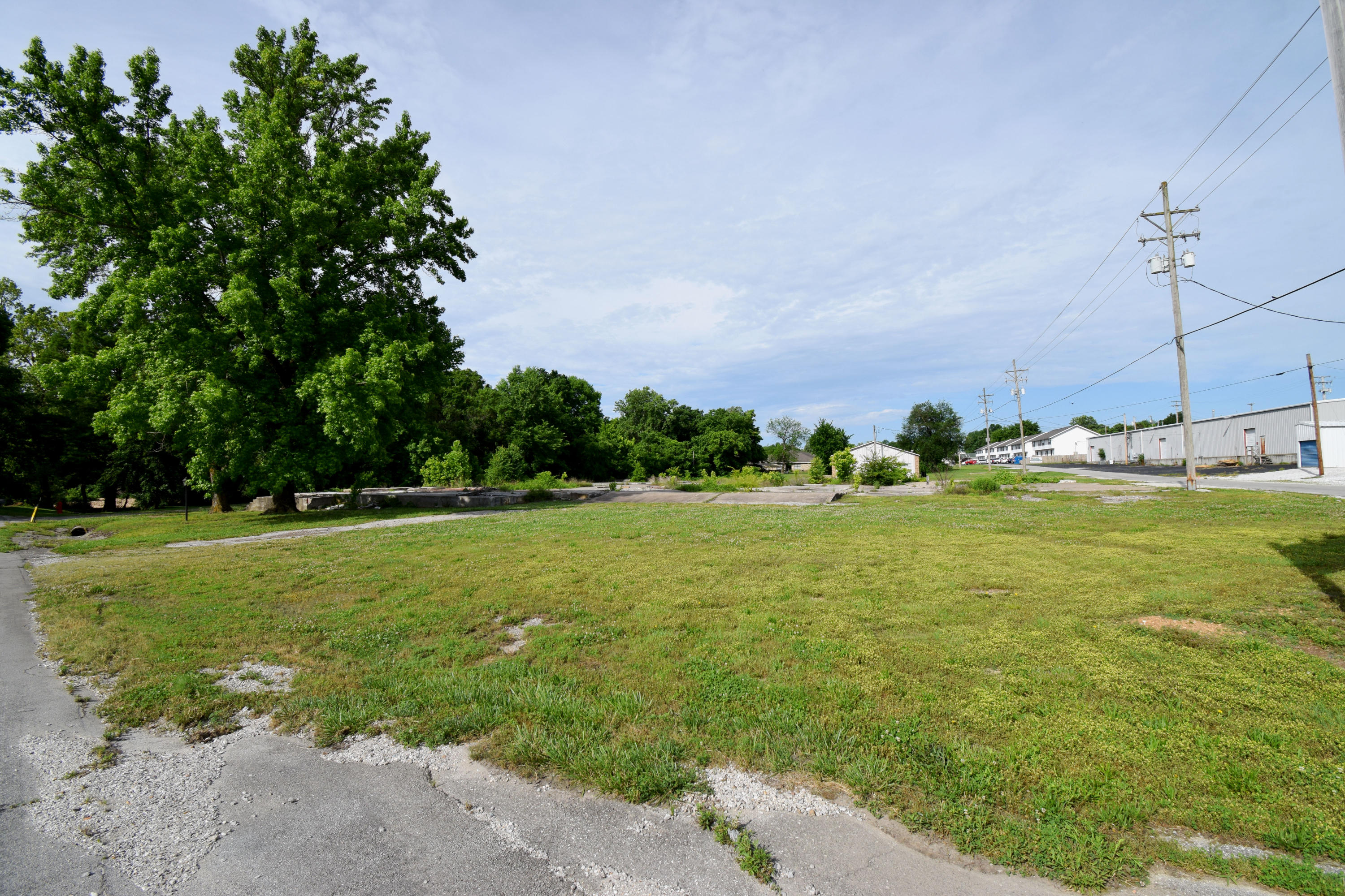 303 North 10TH Street Ozark, MO 65721