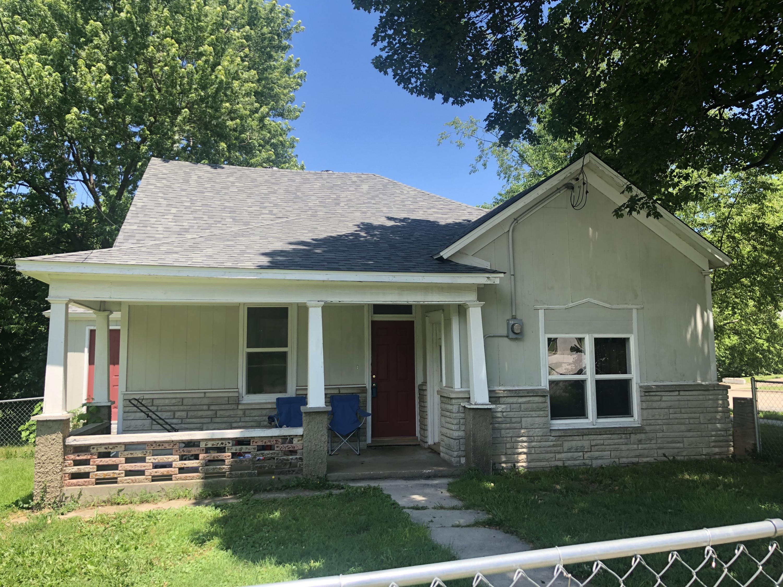 2103 North Taylor Avenue Springfield, MO 65803