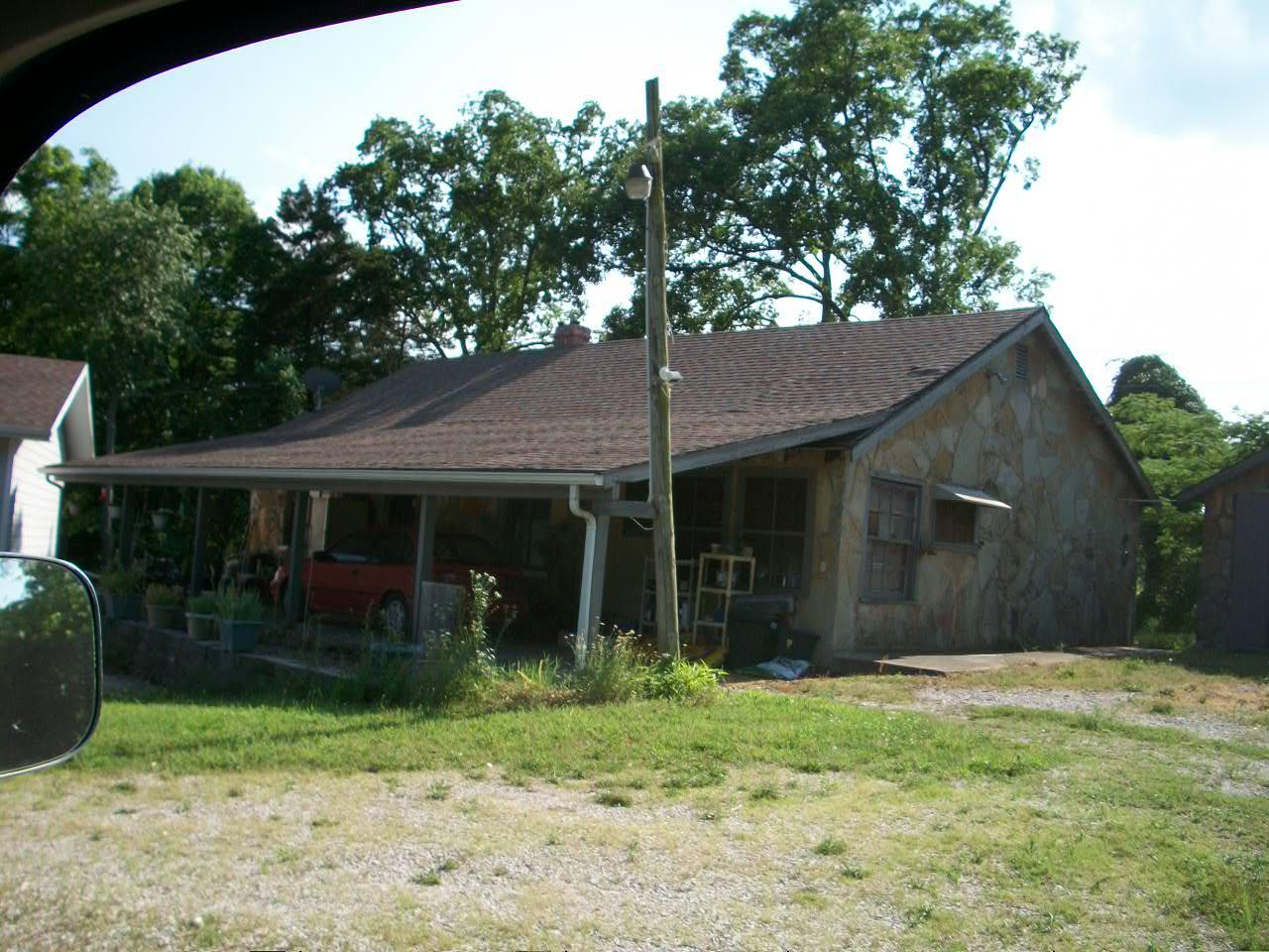 1146 Bread Tray Mountain Road Lampe, MO 65681