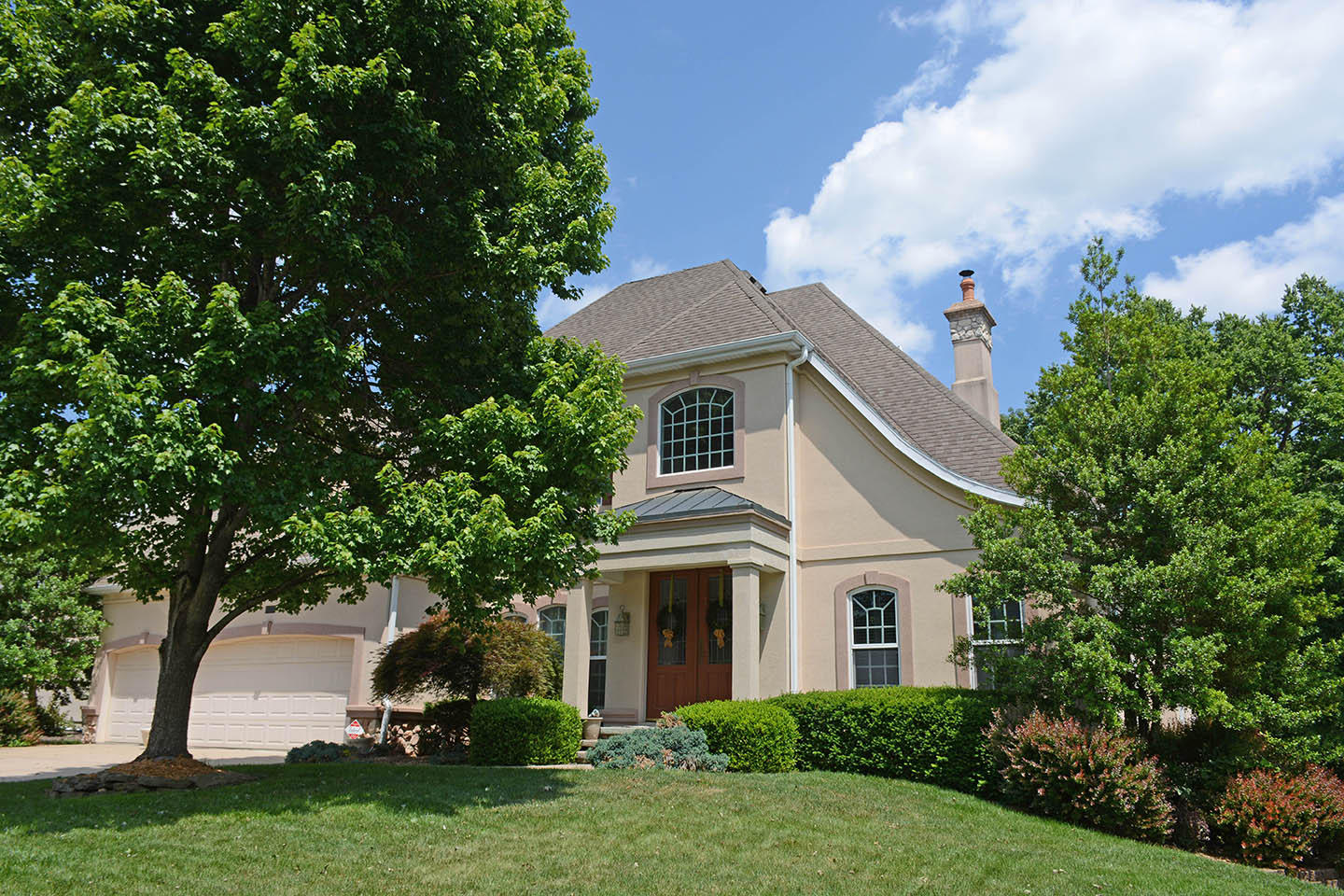2252 South Oakbrook Avenue Springfield, MO 65809