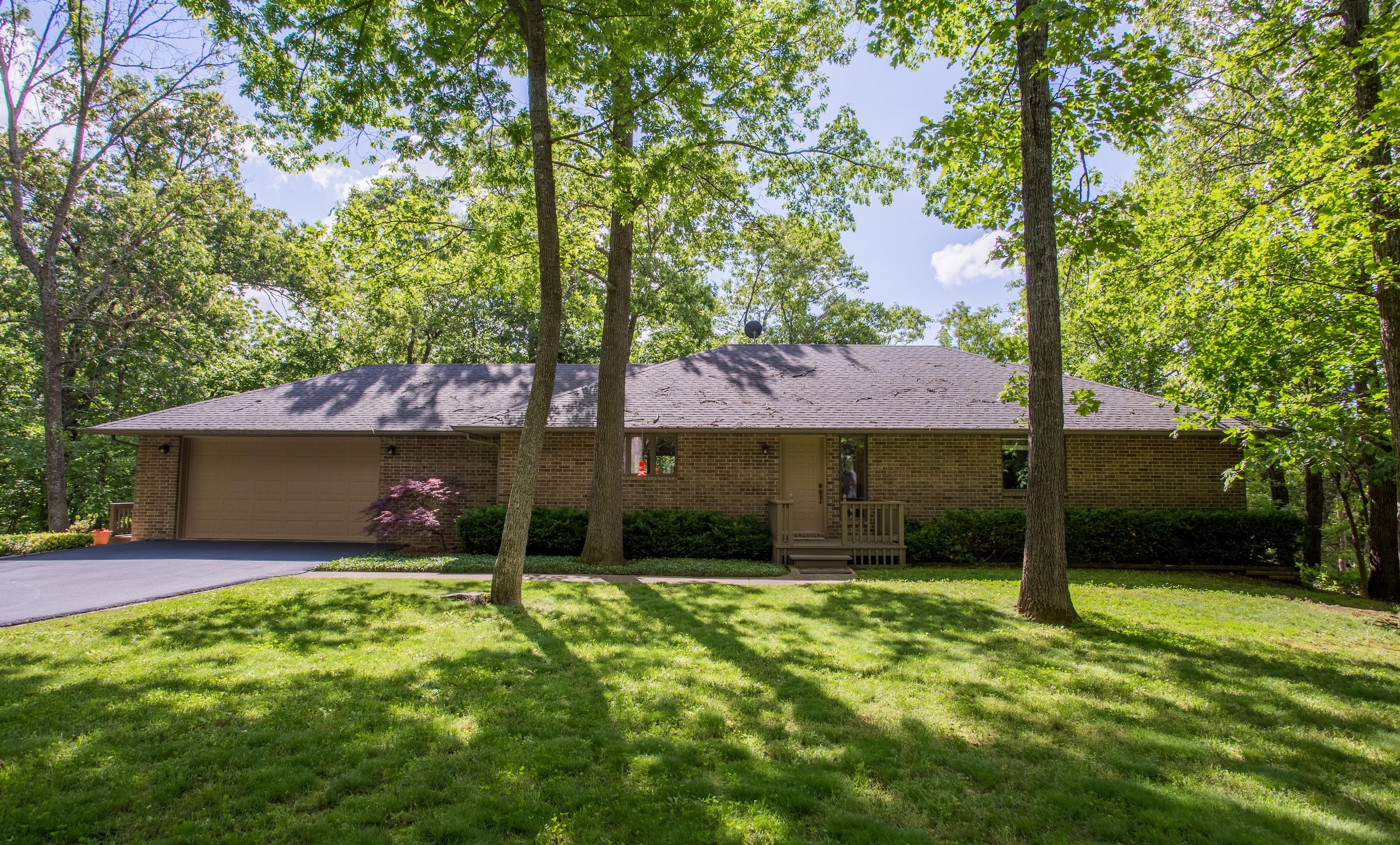 25075 Stallion Bluff Road Shell Knob, MO 65747