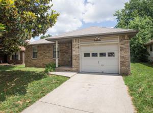 1606 North Lone Pine Avenue, Springfield, MO 65803